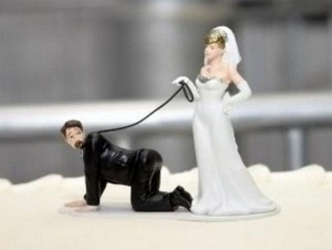 Wedding figurines for cakes